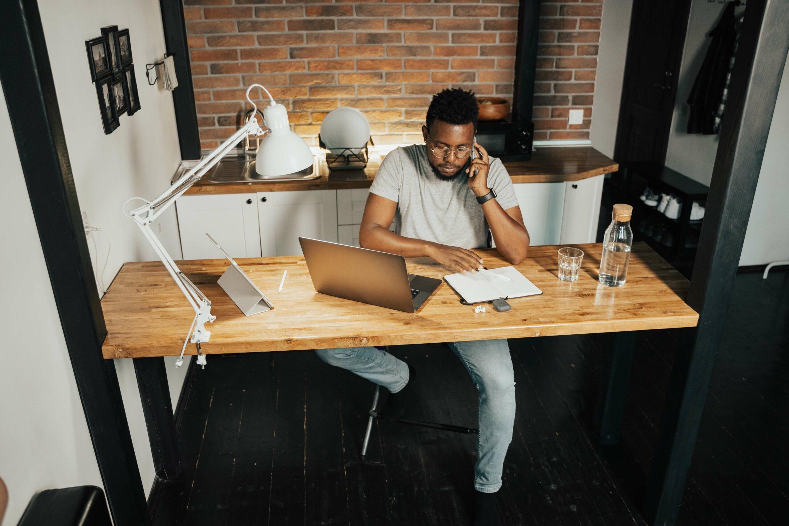De arbeidsmarkt na corona: gaan we structureel meer thuiswerken?